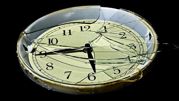 00-broken-clock